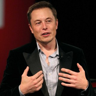 Top 10 Influential Tech Leaders to Follow This Year